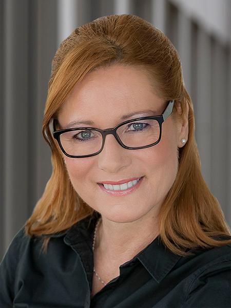 Katja <br />Thurn